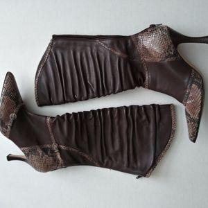 Andrea Colleccion Brown leather heel boots size 6